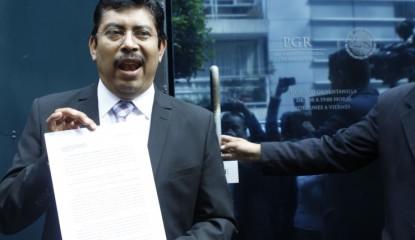 SofioRamirez 2ybxpq47uhs4r5l8egp2bk 415x240 - Insiste Sofío Ramírez en ser gobernador interino