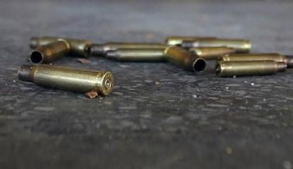 casquillos balas suelo 415x240 - Balaceras en Chilapa dejan calles semivacías