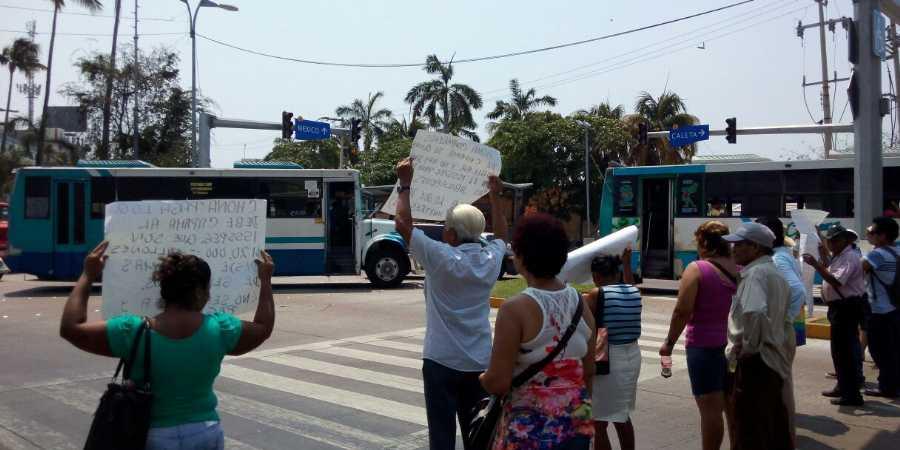 Protesta en Acapulco (1)