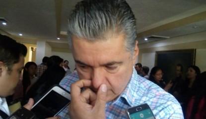 leyva mena Noticias 415x240 - Empresarios de Chilpancingo preparan juicio político contra Leyva Mena