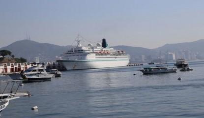 crucero2 415x240 - Carnival Corporation sin llegar a Acapulco desde 2011: AHETA