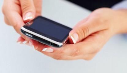 manos-celular-1_800x400
