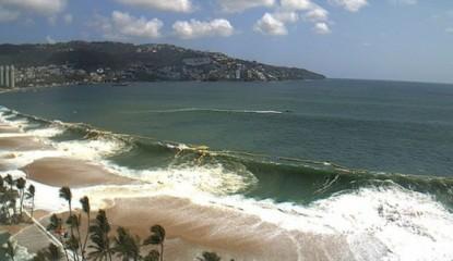 playa-acapulco-olas_800x400