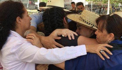 Jojutla fosa dolor de familias 800x400 415x240 - Hacen oración por la verdad en fosas de Jojutla, Morelos