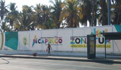 acapulco lona cobre golfito costera 800x400 415x240 - Evodio oculta con lonas el abandono de Acapulco