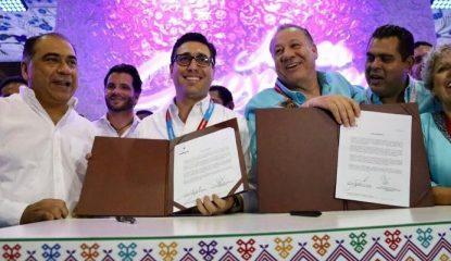 convenio con volaris Astudillo 799x400 415x240 - Convenio con Volaris impulsará turismo en Acapulco y Zihuatanejo: Astudillo