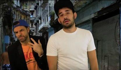 eugenio derbez 800x400 415x240 - Derbez y Werevertumorro parodian a Enrique Iglesias [VIDEO]