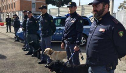 policia Noticias 415x240 - Policía reprime a manifestantes contra gasoducto en Italia