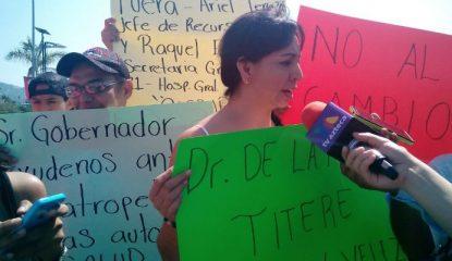 protesta asta bandera Noticias 415x240 - Líder sindical de Salud en Guerrero entrega adscripciones a cambio de votos