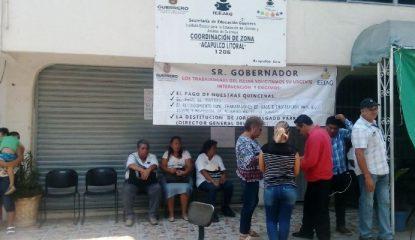 protesta ieejag 800x400 415x240 - Retoman trabajadores del IEEJAG protesta por falta de pagos