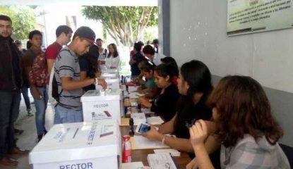 uagro 800x400 415x240 - Universidad: Festejan saldo blanco en reelección de Saldaña