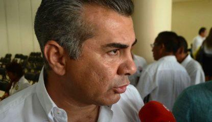 delegado de sedatu 800x400 415x240 - Reconstrucción de Guerrero, detenida por falta de personal: Sedatu