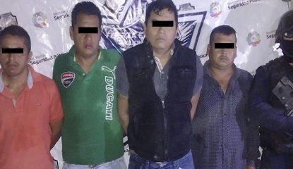 detenidos 415x240 - Caen 4 con arsenal y droga en Zumpango, Guerrero