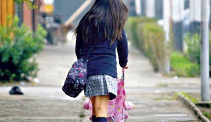embarazo adolescente Noticias 415x240 - Maternidad en la adolescencia: niñas jugando a ser mamás