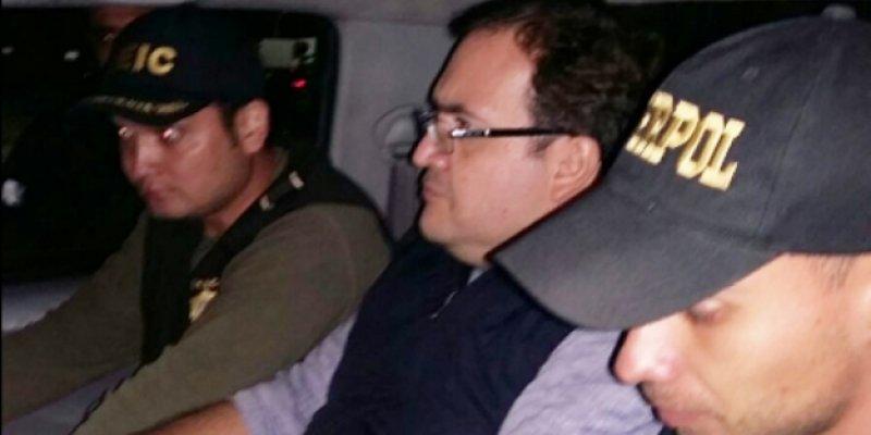 Viaja a Londres Karime Macías, esposa de Javier Duarte