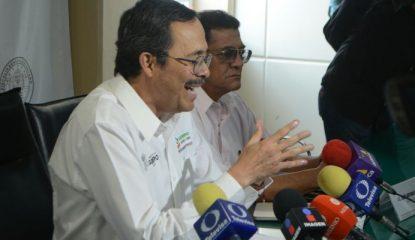 roberto alvarez heredia 800x400 415x240 - Guerrero: investigan cierres de escuelas y clínicas en Tierra Caliente