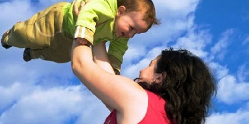 Sacudir al bebé es peligroso
