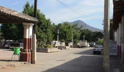 zirandaro Guerrero 800x400 415x240 - Irrumpe comando en poblado de Guerrero; asesinan a cuatro