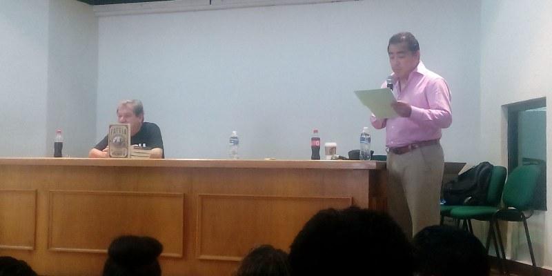 Javier Solorio presenta libro de Taibo II
