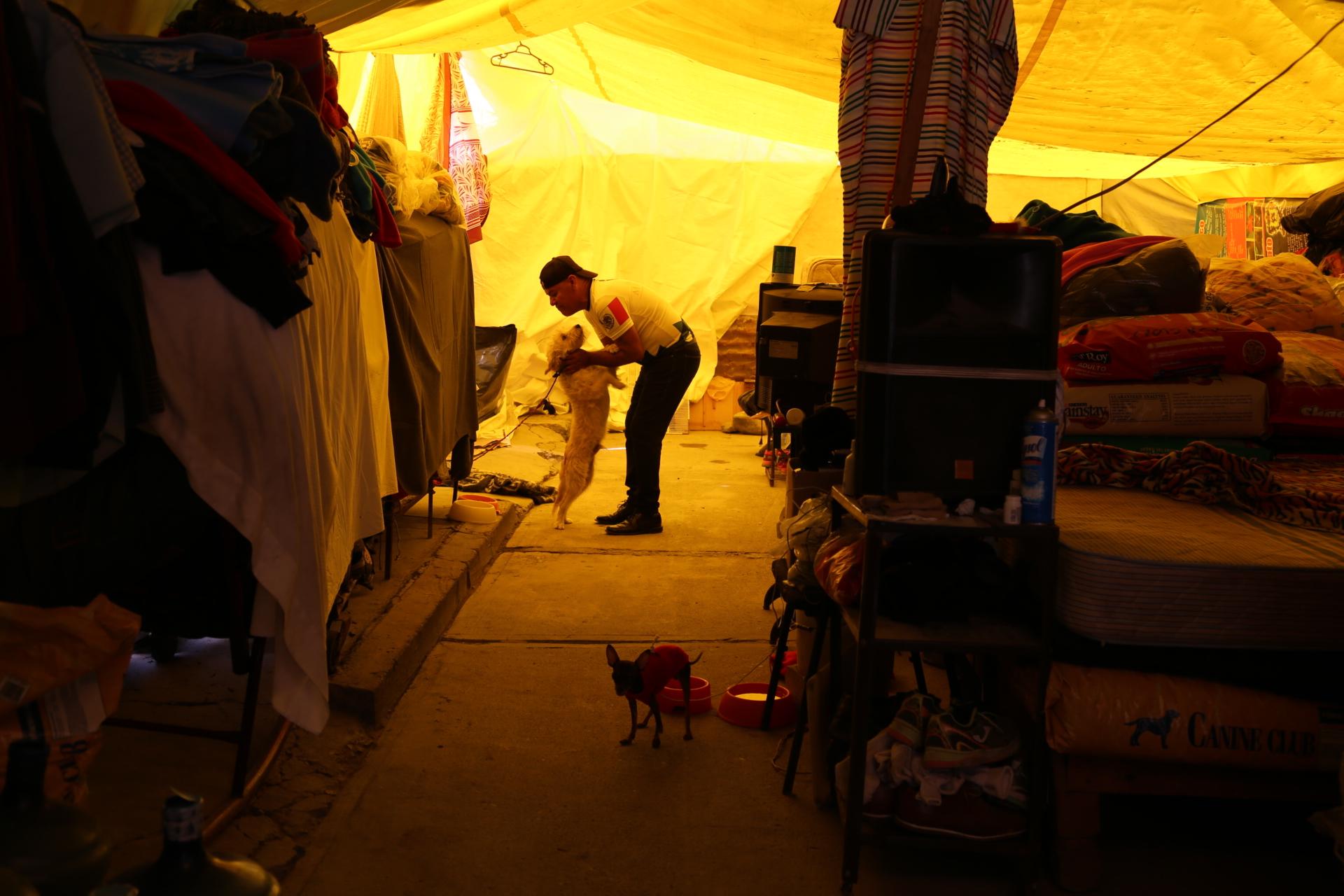 100 familias que rentaban casas en colonias de Jojutla ahora viven la calle.