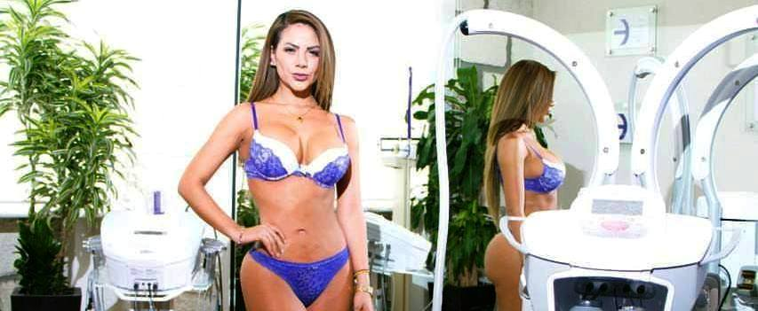 Pachuqueña Muestra Cuerpazo Super Sexi En Reality Show