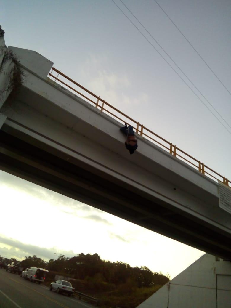 Alrededor de las 5 de la mañana se alertó sobre un objeto sospechoso en el puente de la localidad de Zorcua