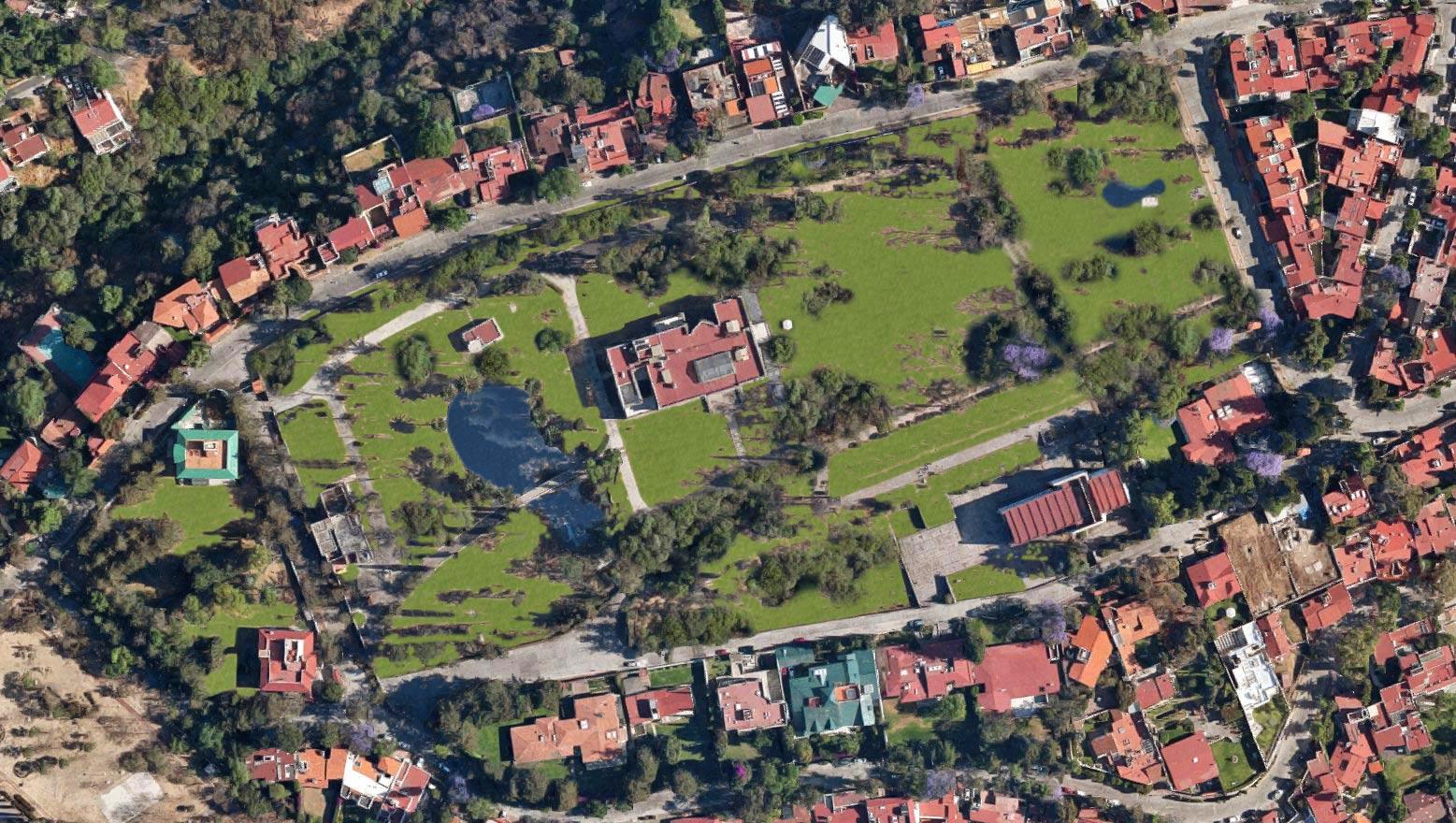 Residencia Soledad Orozco.
