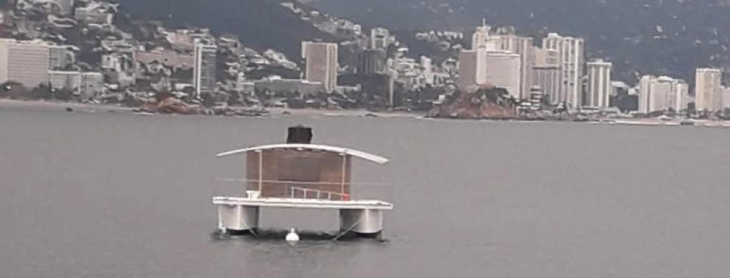 Casa Infonavit o yate rústico, ¿qué flota en la bahía de Acapulco?