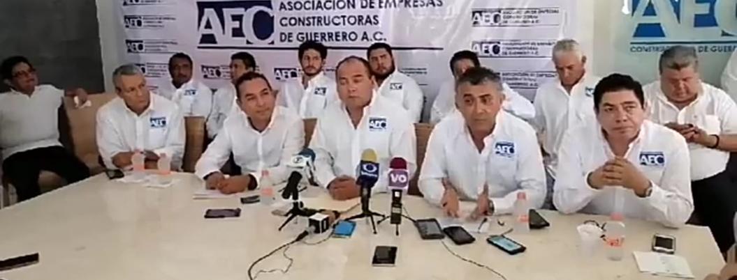 Constructores lamentan que AMLO no los incluya en obras para Acapulco