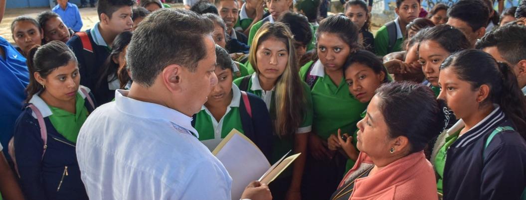 Amílcar arranca en Zumpango el programa La Escuela es Nuestra - Bajo Palabra