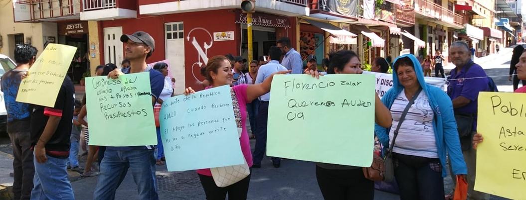 Discapacitados exigen apoyos al Ayuntamiento de Chilpancingo - Bajo Palabra
