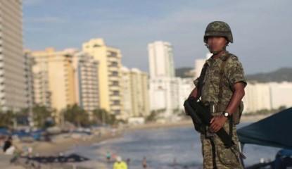 Acapulco Playas Militares 415x240 - Rechazan en Guerrero la Ley de Seguridad Interna