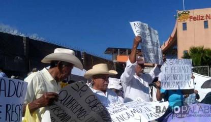 Adultos mayores protestan en Chilpancingo - enero de 2016