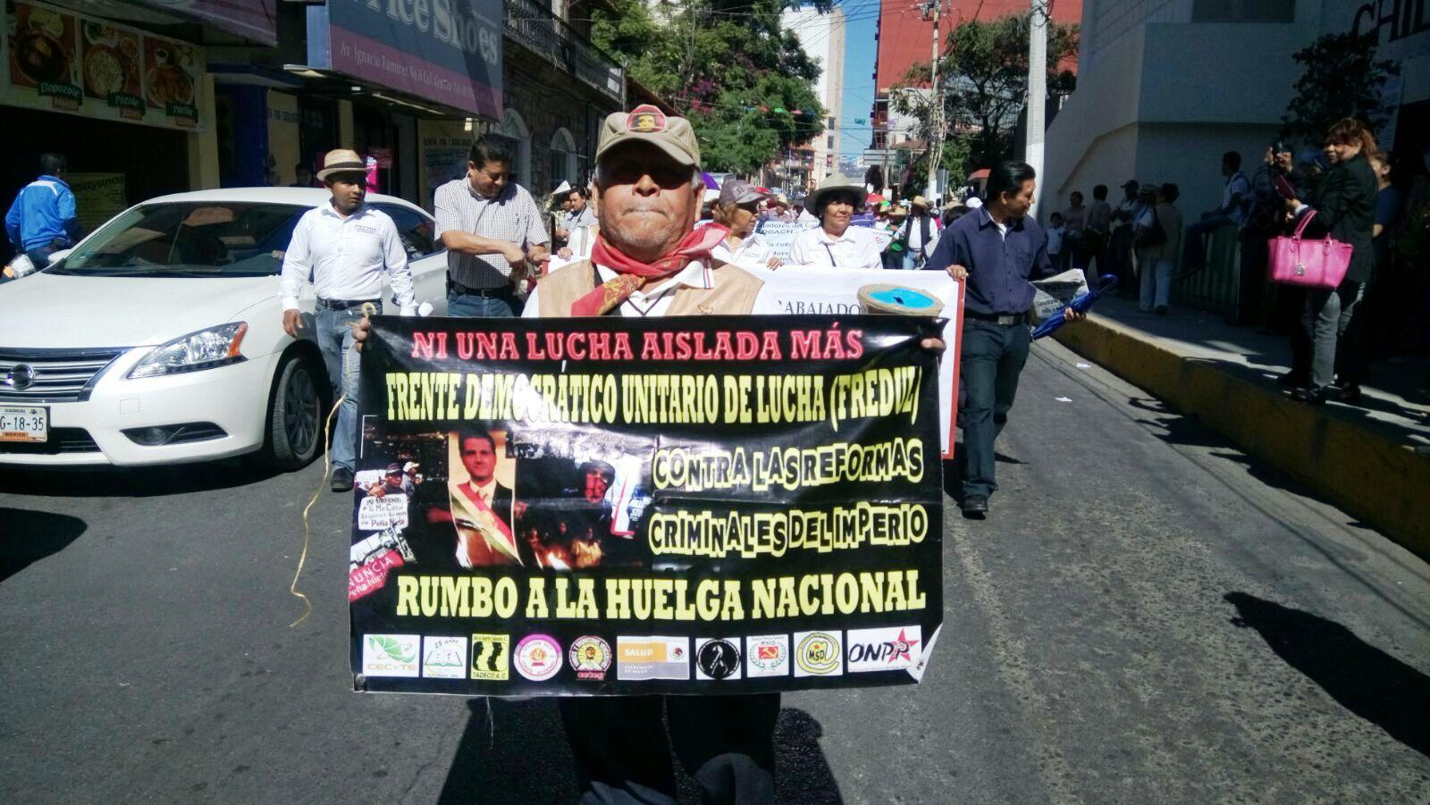 Según los manifestantes el descuento del ISR dependerá del salario que perciban.
